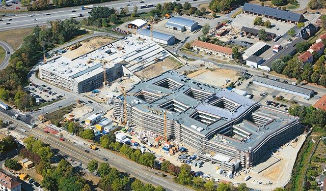 Basic build of head office and parking garage for dm, Karlsruhe